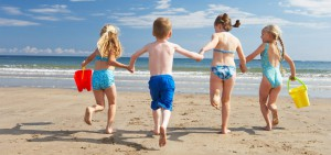 running-beach-kids